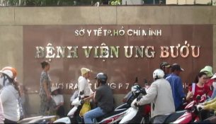 lich-lam-viec-benh-vien-ung-buou-hcm