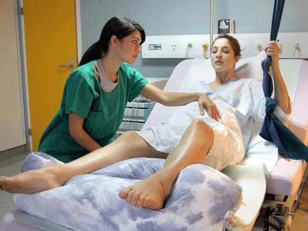 Phân biệt cơn đau chuyển dạ giả và cơn đau chuyển dạ sắp sinh
